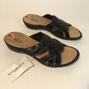 CLARKS Bendables 7M Sandals 82100 Black